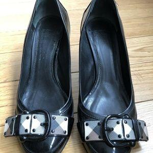 Burberry Mid Heel Check Buckle Pump Heels Women 38